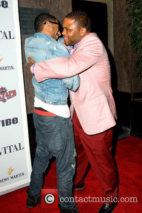 Ryan Leslie and Anthony Anderson Anthony Anderson celebrates...