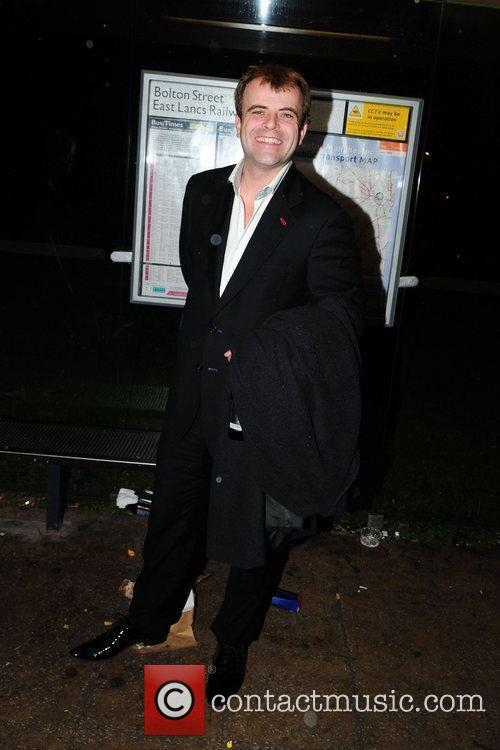 Simon Gregson 3