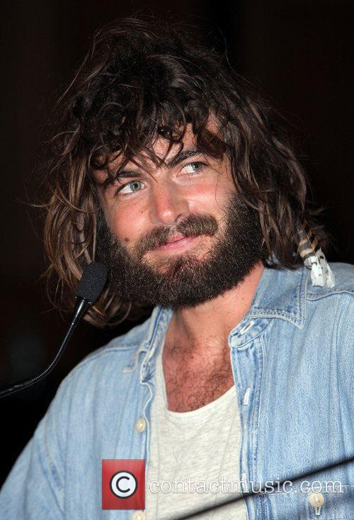 Angus Stone The 2010 Australian Recording Industry 'ARIA'...