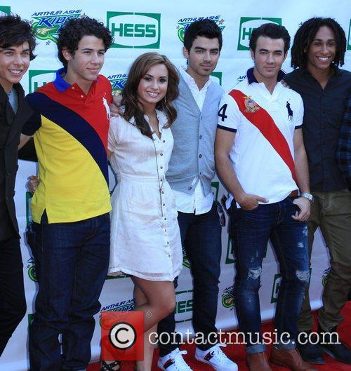 The Jonas Brothers and Allstar Weekend with Demi...
