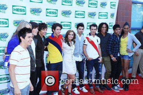 Jonas Brothers, Allstar Weekend, Billie Jean King, Demi Lovato and Shontelle 7