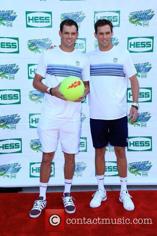 Mike Bryan and Bob Bryan 2010 US Open...