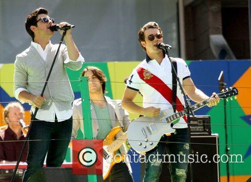Jonas Brothers 2010 US Open Arthur Ashe Kids...