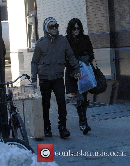 Pete Wentz and Ashlee Simpson 4