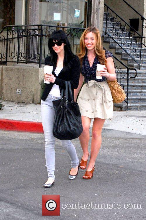 Ashlee Simpson-Wentz  enjoying coffee with a friend...