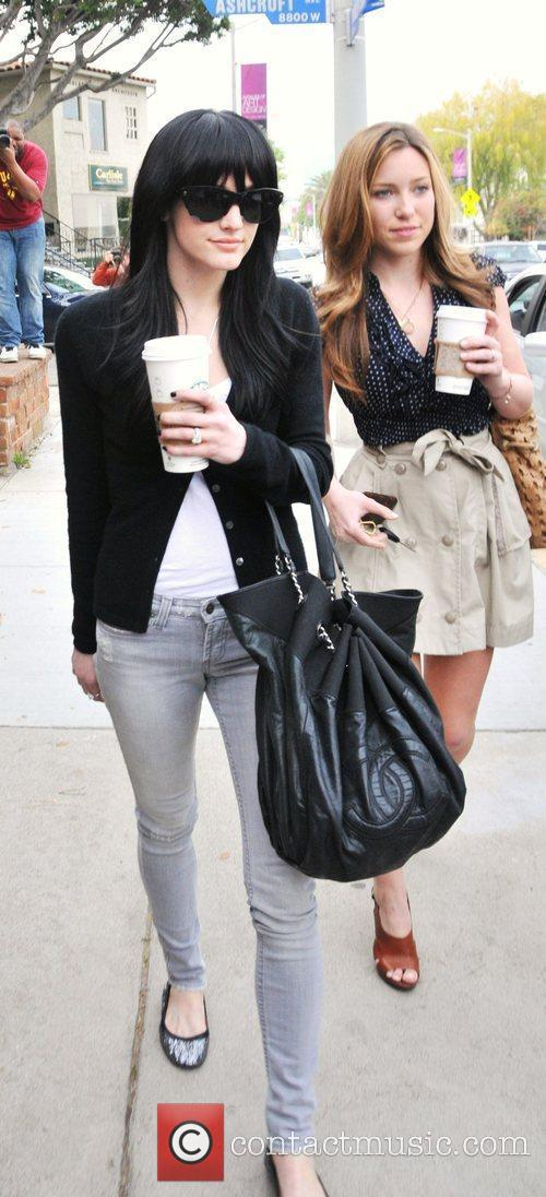 Ashlee Simpson-Wentz enjoying coffee with friends as she...