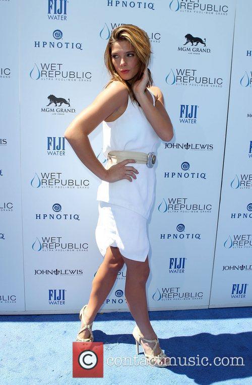 Ashley Greene and Las Vegas 4