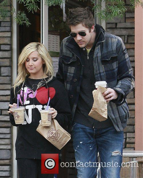 Ashley Tisdale and Boyfriend Scott Speer 9