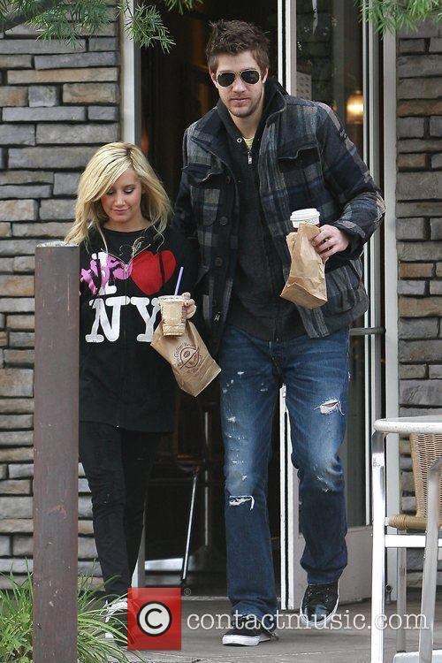 Ashley Tisdale and Boyfriend Scott Speer 8