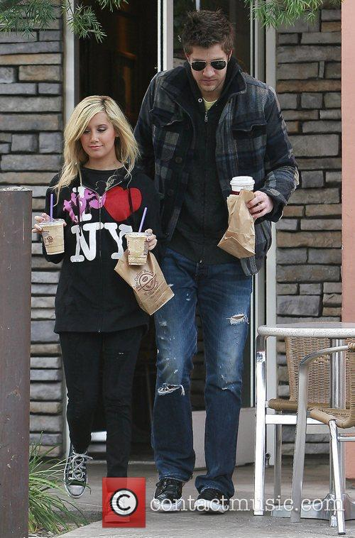 Ashley Tisdale and Boyfriend Scott Speer 5