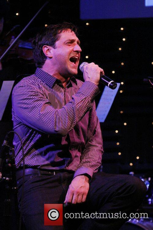 Raul Esparza 'New York City Christmas', a benefit...