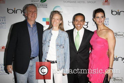James Cameron, Suzy Amis, La Mayor Antonio Villaraigosa and Lu Parker 7