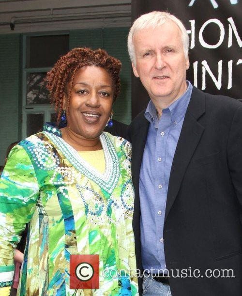 Cch Pounder and Director James Cameron 10