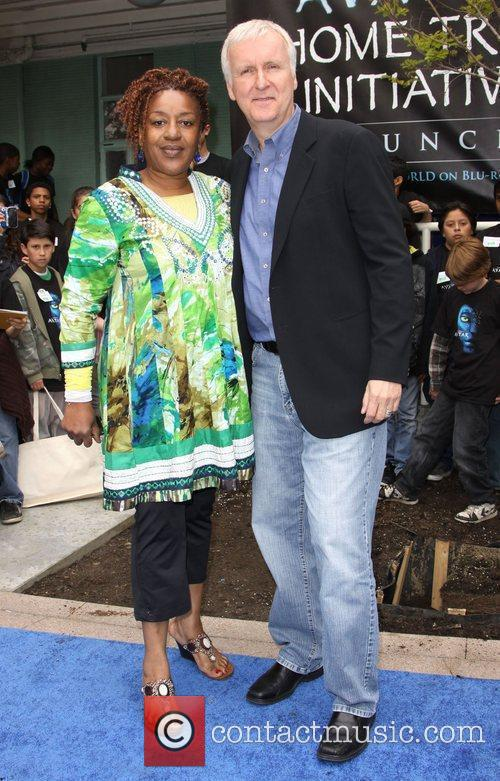 Cch Pounder and Director James Cameron 7