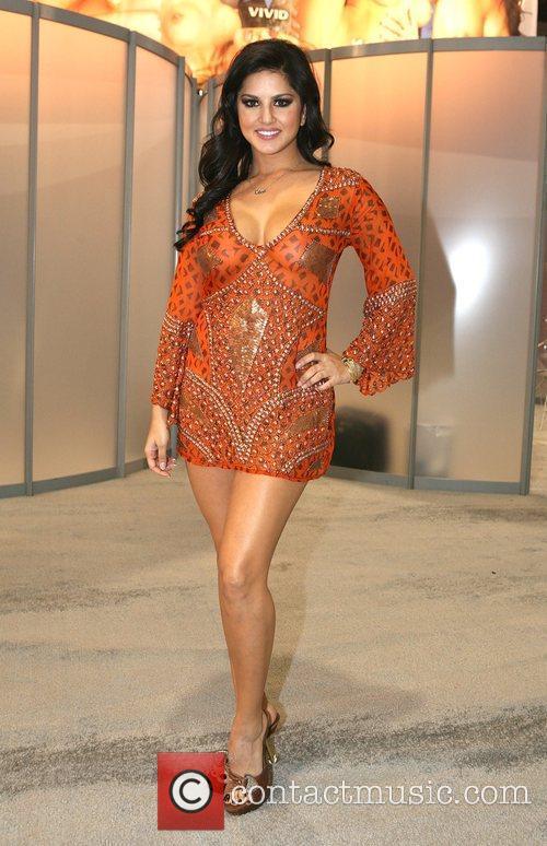 Sunny Leone  AVN Adult Entertainment Expo 2010...