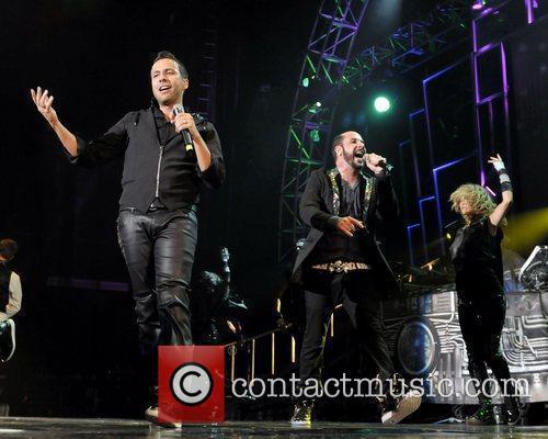 Howie Dorough and Backstreet Boys 6