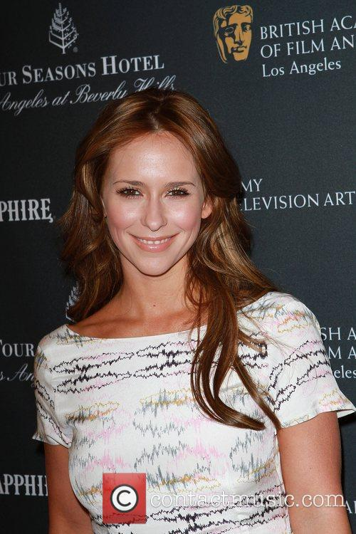 Jennifer Love Hewitt 6
