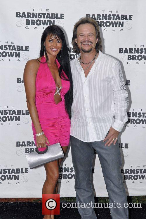 Travis Tritt and Theresa Nelson The Barnstable Brown...
