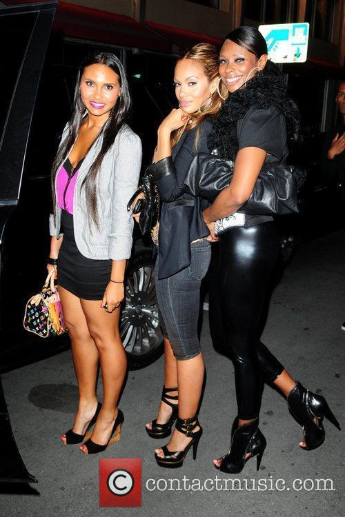 Evelyn Lozada (R), her daughter Shaniece and Jennifer...