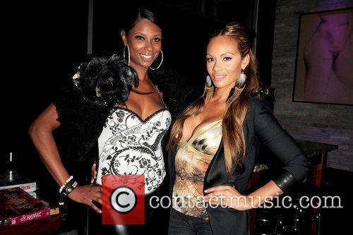 Jennifer Williams and Evelyn Lozada  VH1 'Basketball...