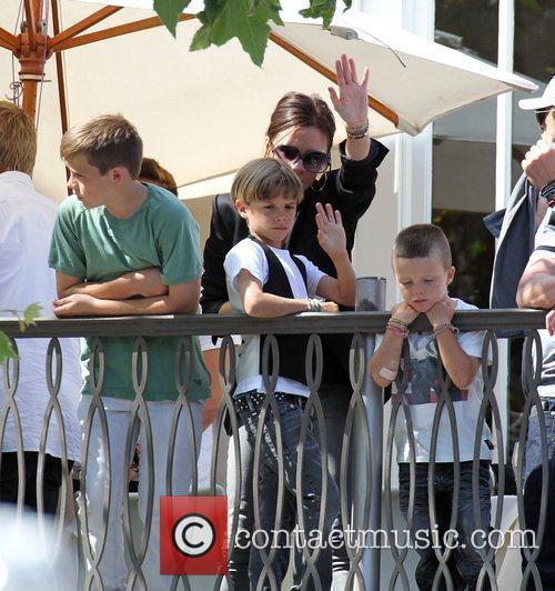 David, Jonas Brothers and Victoria Beckham 11