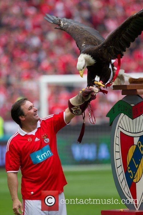 S. L. Benfica became champions of the Portuguese...