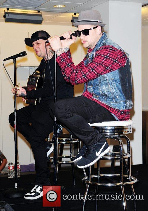 Joel Madden and Good Charlotte 16