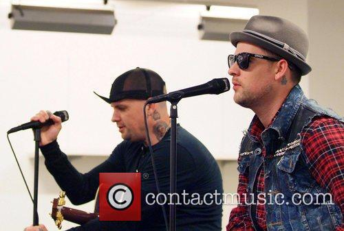 Joel Madden and Good Charlotte 13