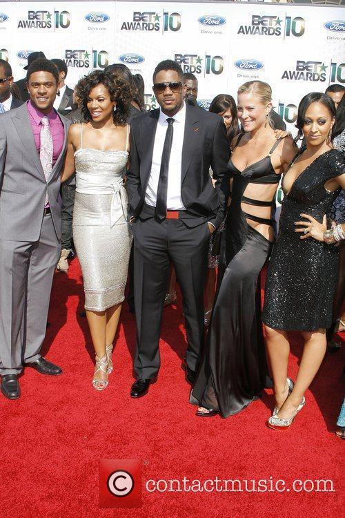 Cast of The Game (l-r) Pooch Hall, Wendy...