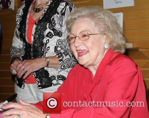 Betty White 28