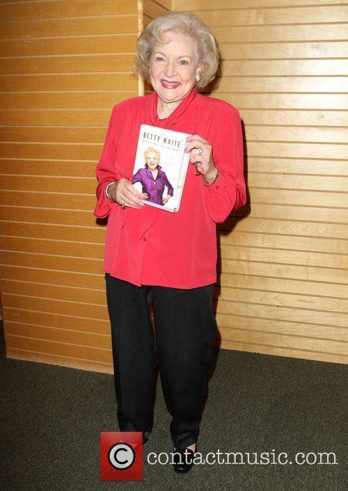 Betty White 25