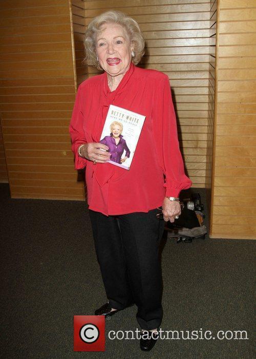 Betty White 19