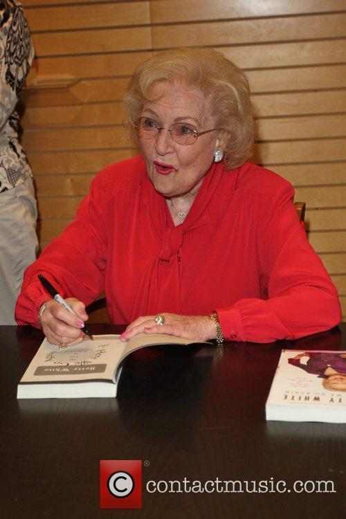 Betty White 14