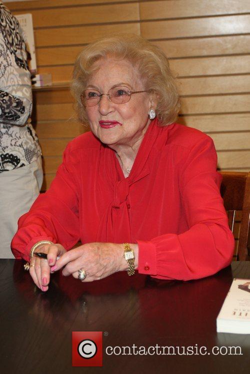 Betty White 12