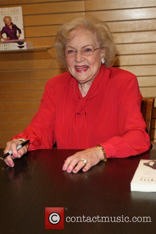 Betty White 13