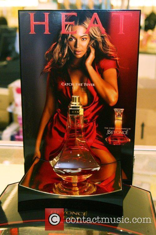 Atmosphere Beyonce launches her new fragrance 'Beyonce Heat'...