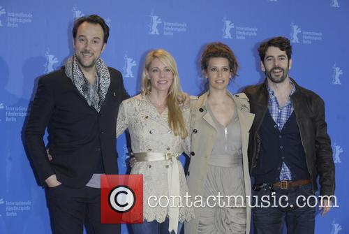 Belen Rueda, Angie Cepeda and Oskar Santos 1