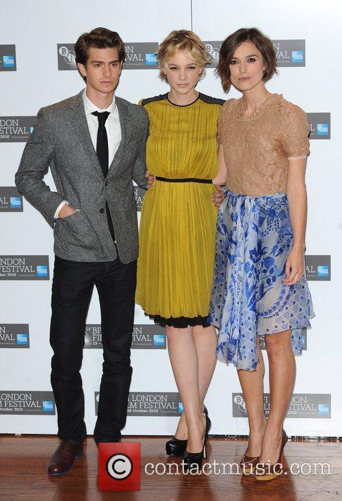 Andrew Garfield, Carey Mulligan and Keira Knightley 8
