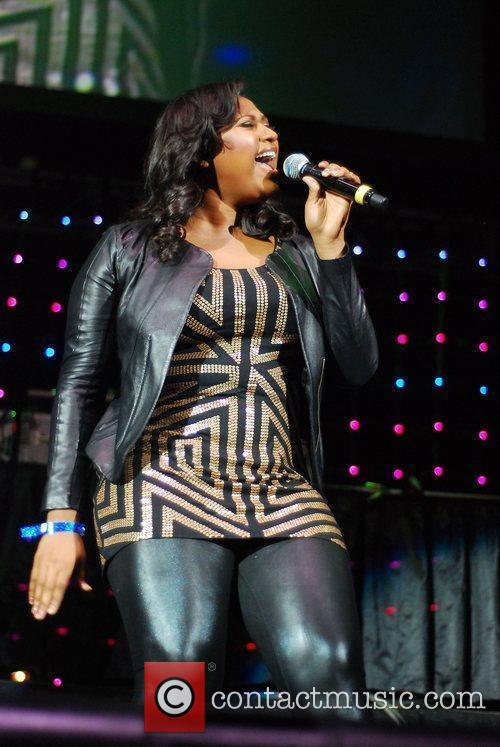Jazmine Sullivan and Chicago 3
