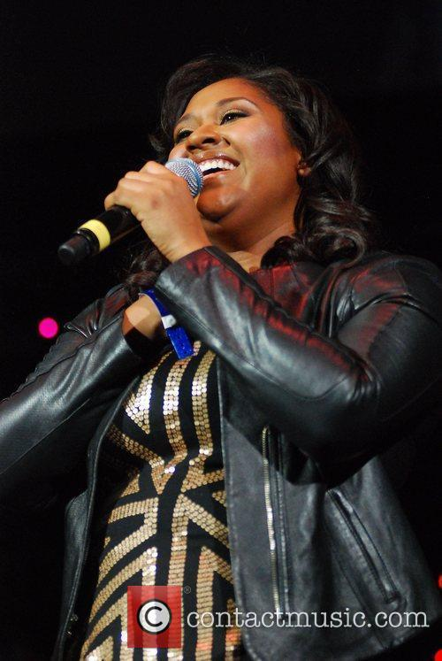 Jazmine Sullivan and Chicago 10