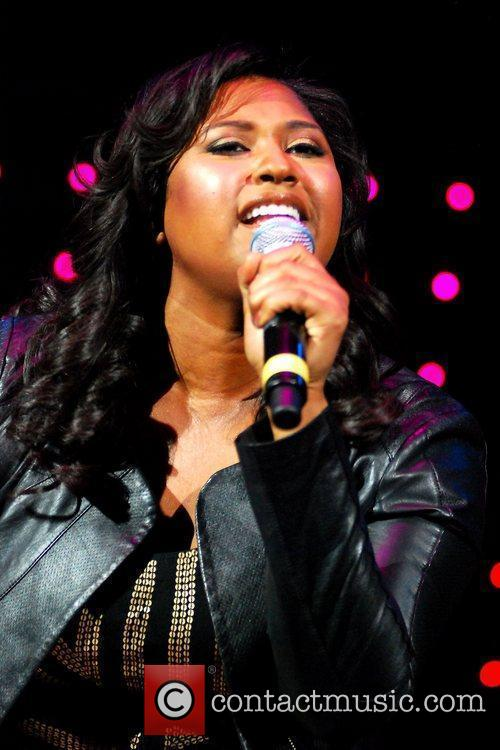 Jazmine Sullivan and Chicago 11