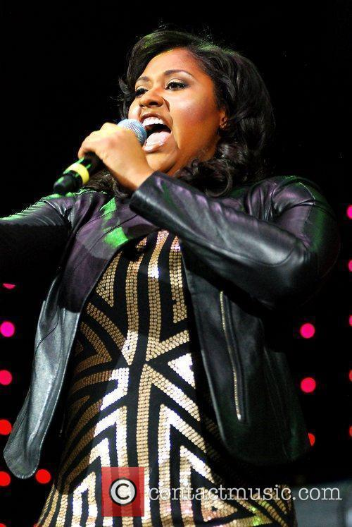 Jazmine Sullivan and Chicago 7