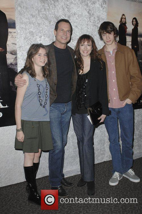 Bill Paxton with his family Los Angeles Premiere...