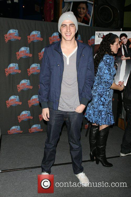 Kendall Schmidt, Planet Hollywood