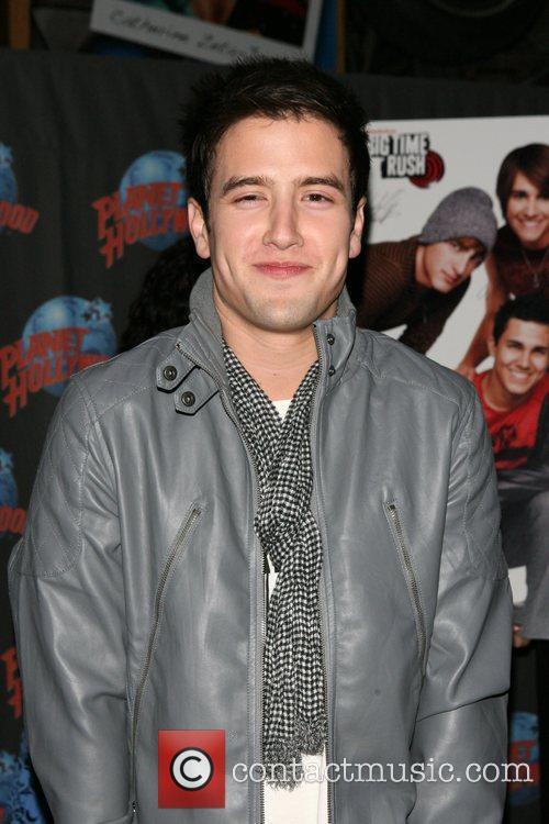 Logan Henderson 2
