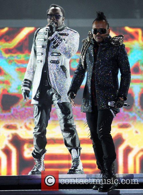 Apl.de.ap and will.i.am of the Black Eyed Peas...