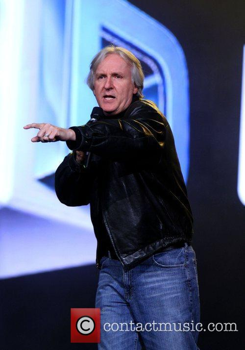 James Cameron and Black Eyed Peas 6