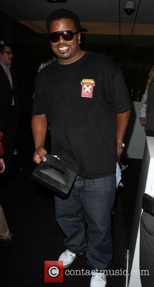Craig Robinson Blackberry Torch From AT&T U.S. Launch...