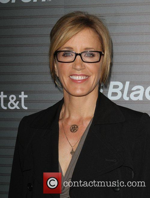 Felicity Huffman Blackberry Torch From AT&T U.S. Launch...