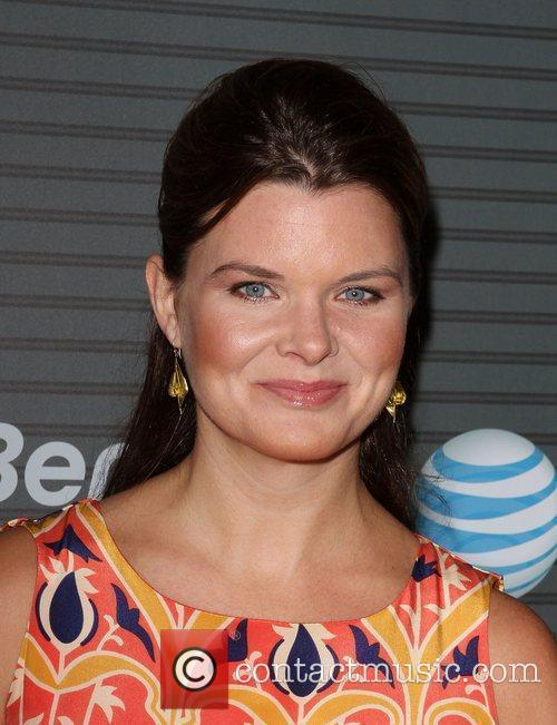 Heather Tom Blackberry Torch From AT&T U.S. Launch...